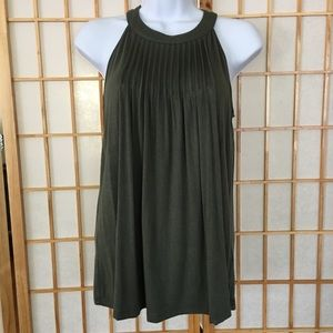 Olive Green Sleeveless Flowy Top